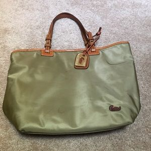 Dooney & Bourke tote, olive green